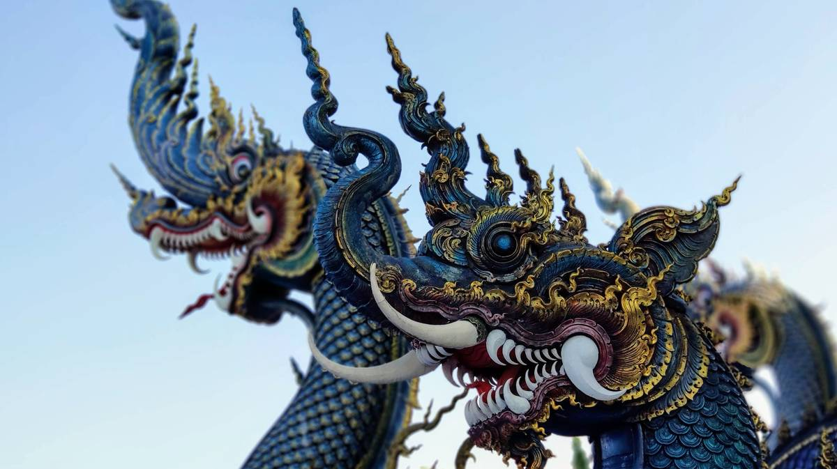 Wat Rong Suea Ten o Templo Azul en Chiang Rai