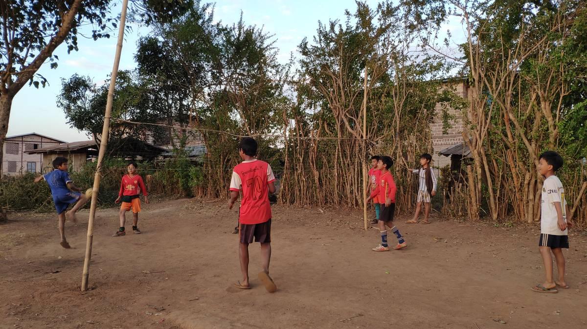 Chinlone, el juego tradicional de Myanmar