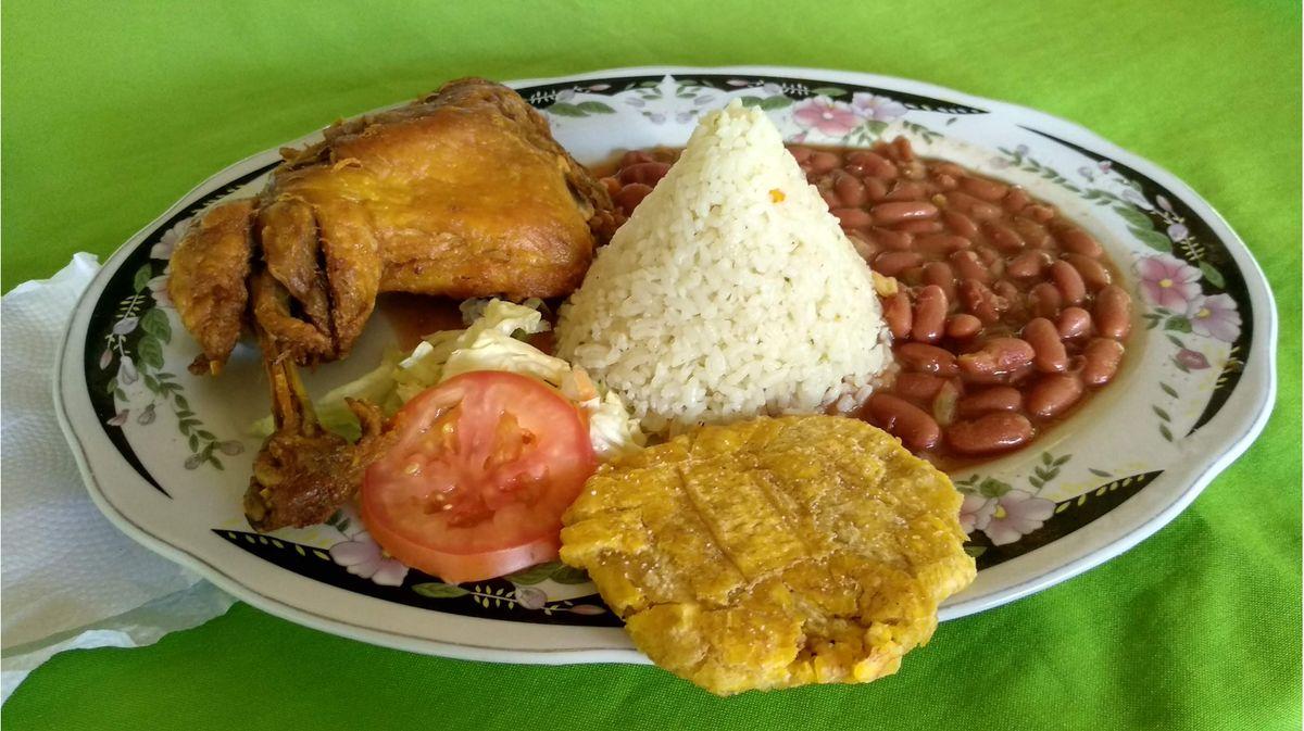 Lunch Machete Pelao