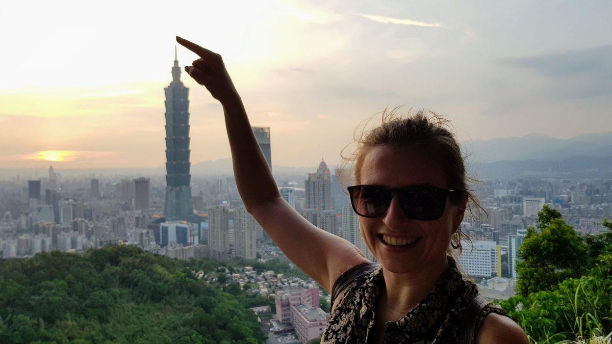Puesta de sol en elephant mountain de Taipéi