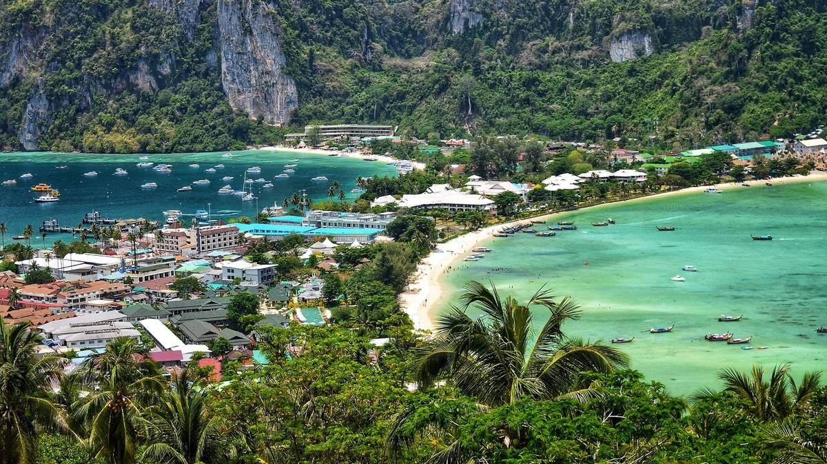 excursion phi phi islands