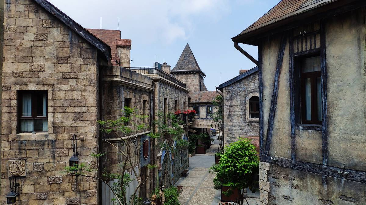 french village ba na hills 1