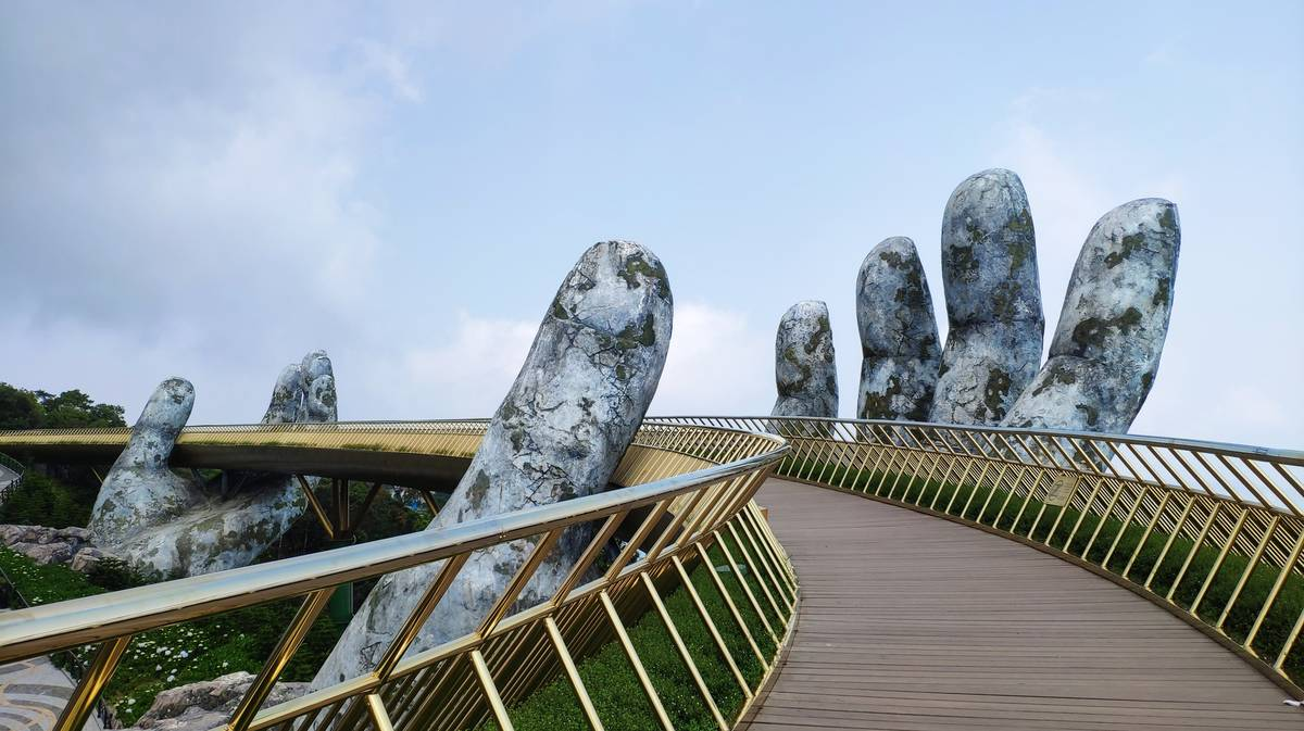 golden bridge sun world ba na hills