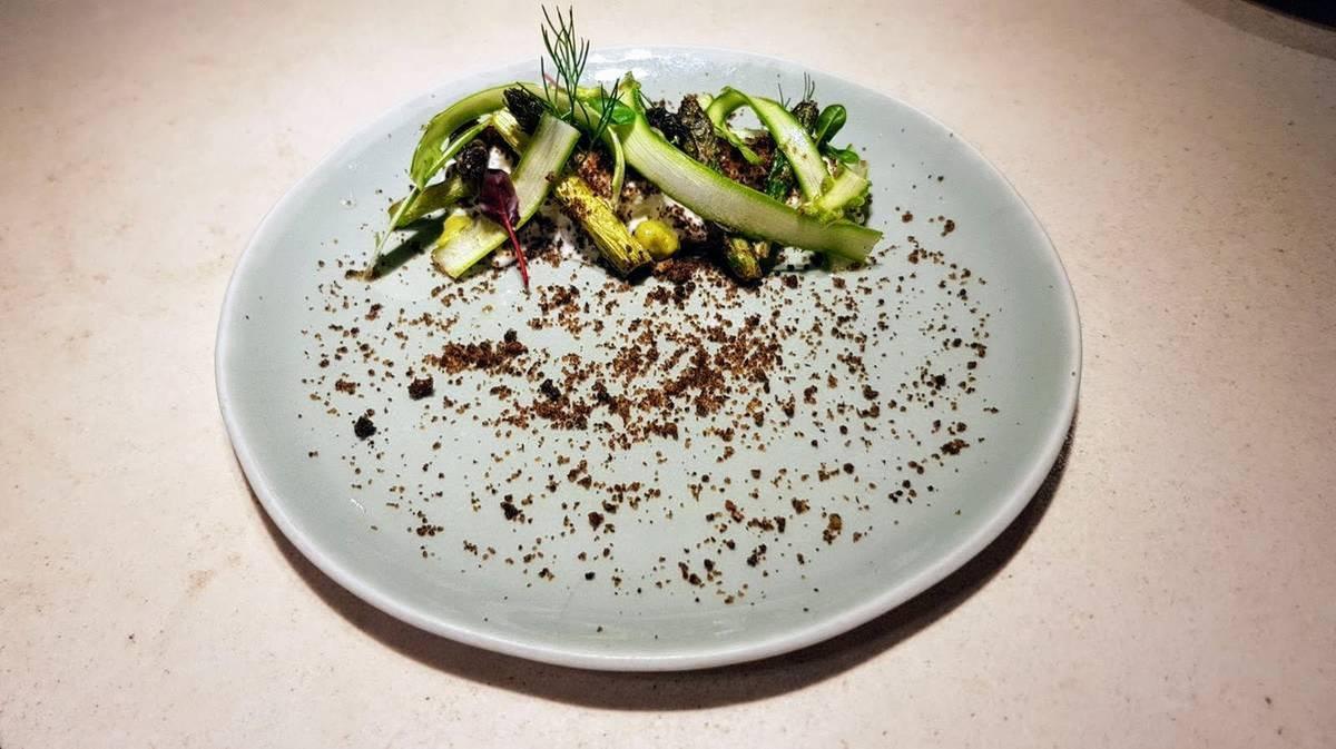ḦETTA Cuisine - Asparagus