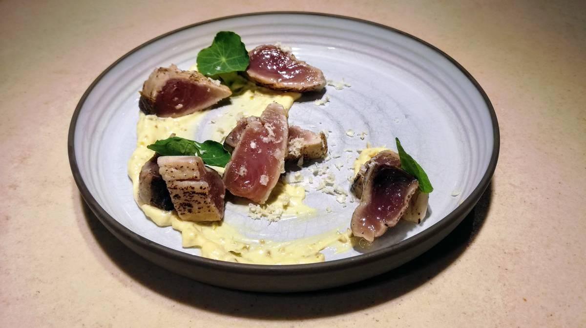 ḦETTA Cuisine - Tuna Tataki