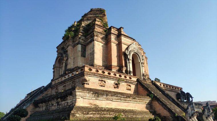 normas vestimenta templos tailandia
