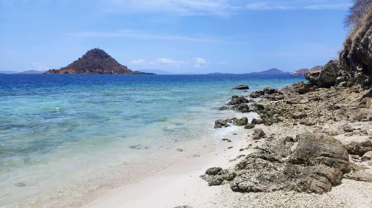 parque nacional komodo isla kelor 4