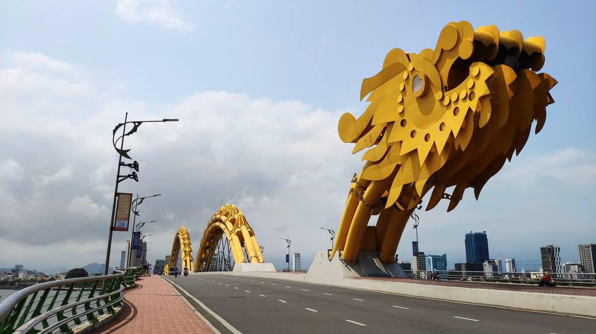 puente del dragon danang