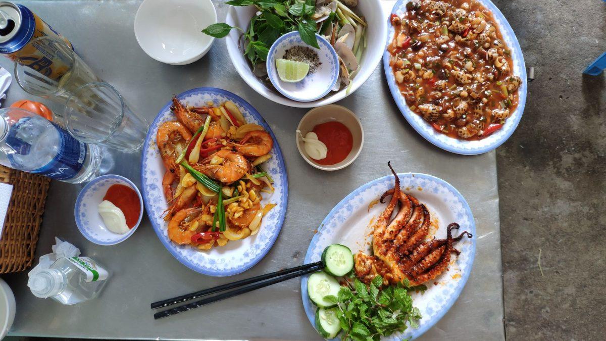 Mariscada en restaurante Nam Danh en Da Nang