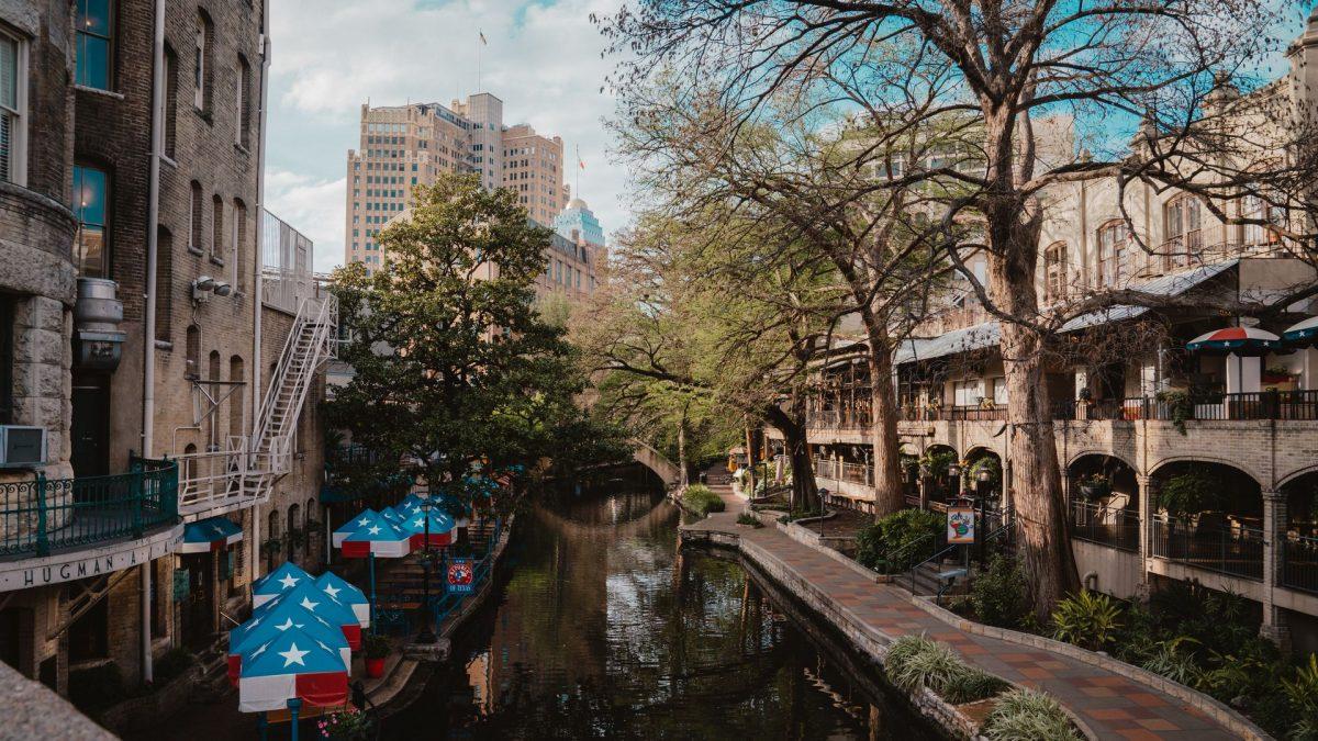 Paseo del río San Antonio