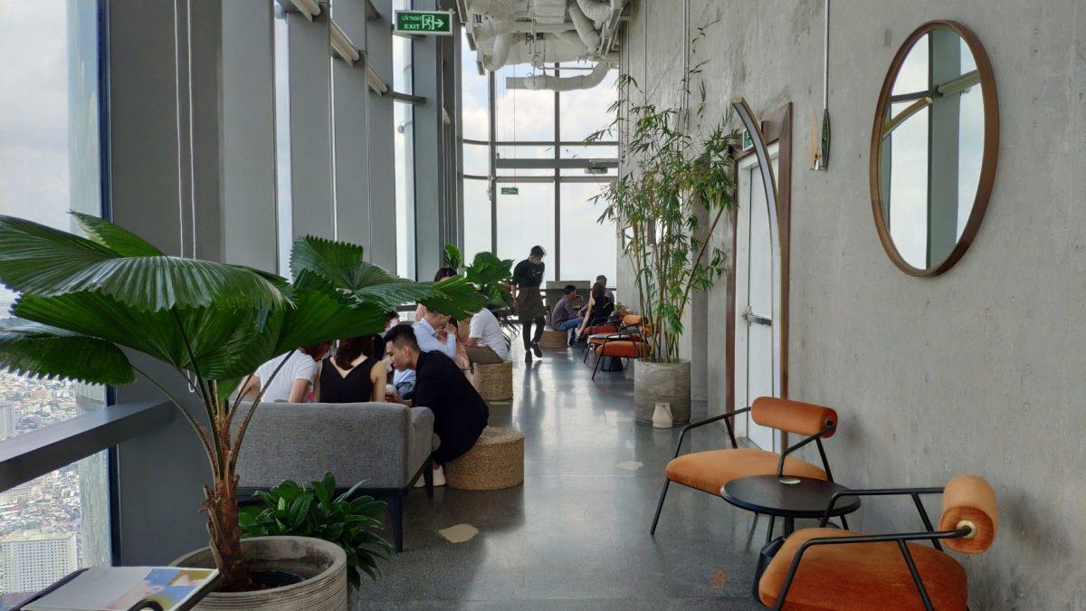 Blank Lounge en la planta 76 de Landmark 81