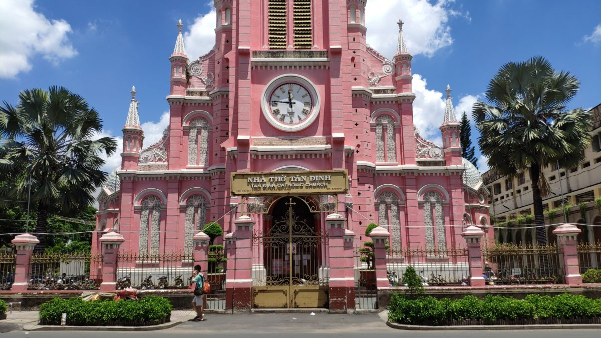 Iglesia Tan Dinh, la iglesia rosa de Ho Chi Minh