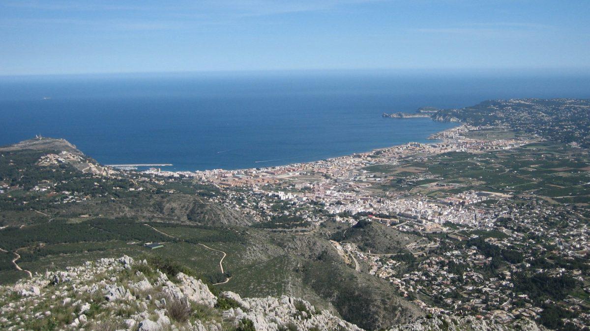 Vista de Jávea desde el Macizo del Montgó