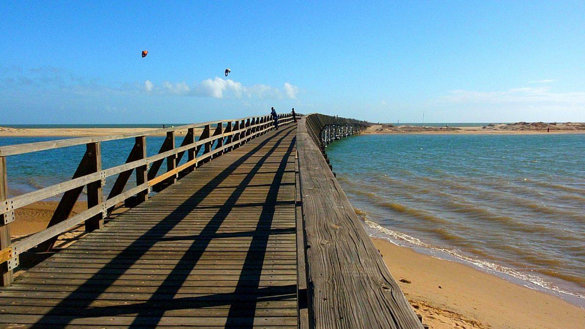 Puente pasarela de la Gola