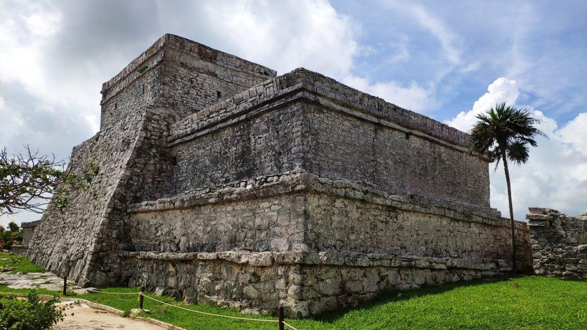 El Castillo de las Ruinas Mayas de Tulum