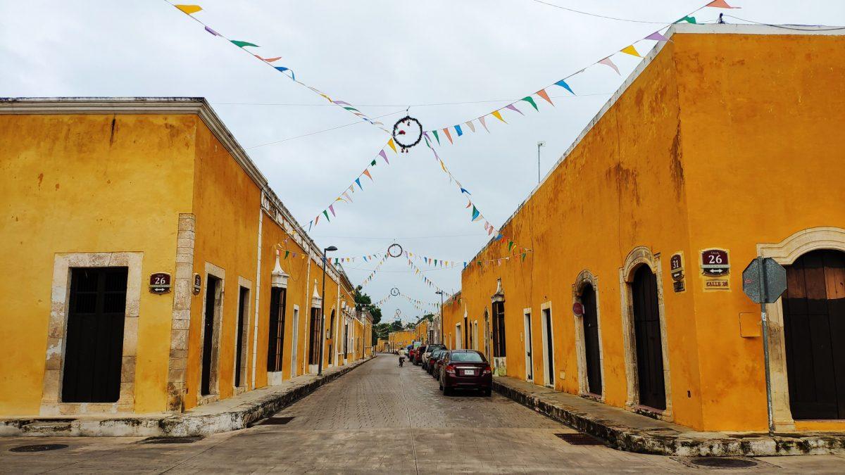 Calles color amarillo Izamal