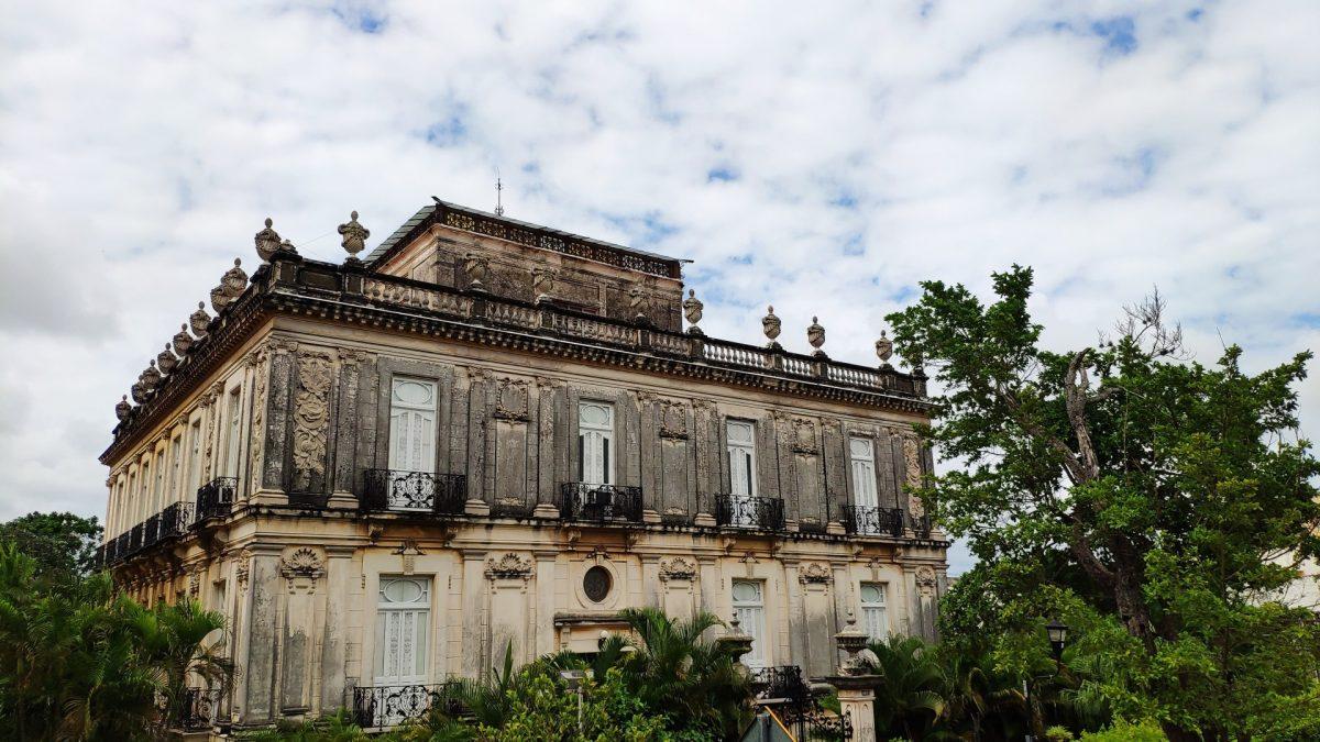 Casas Gemelas o Casas Cámara en el Paseo de Montejo