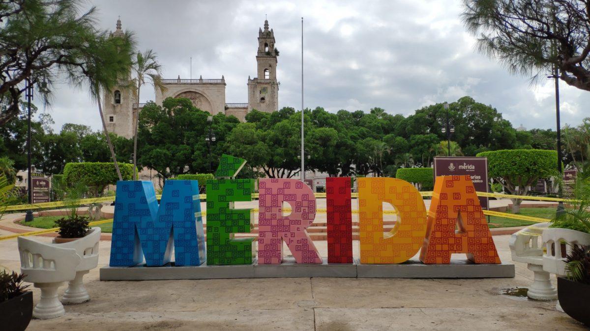 Letronas de Mérida en el Zócalo