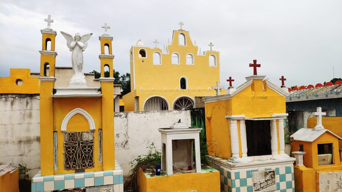 Cementerio Izamal