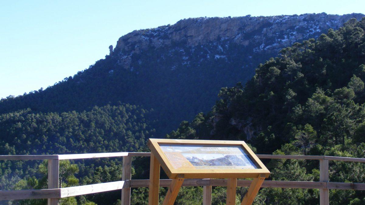 Mirador Collado Bermejo en la Sierra de la Espuña