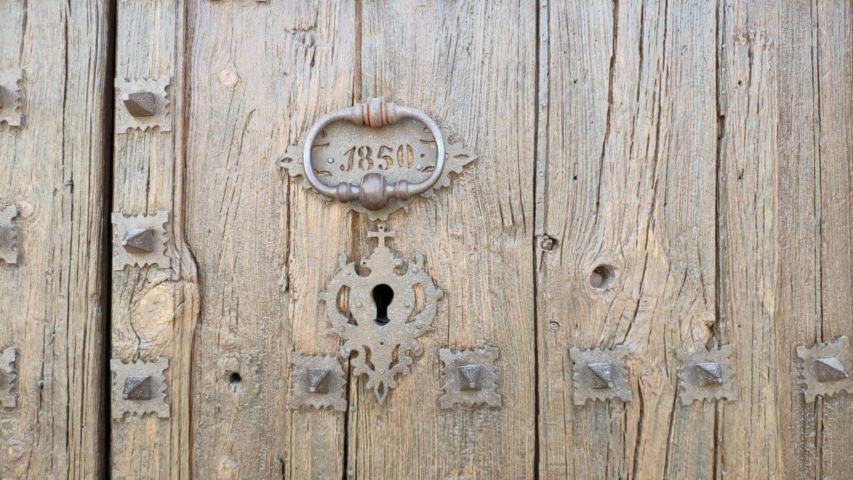Puerta principal Iglesia de Santa María de Prades